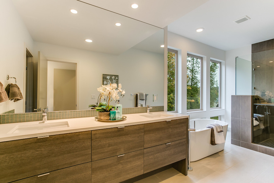 Master bath 2 sm custom homes seattle bellevue scott for H g bathrooms brookvale